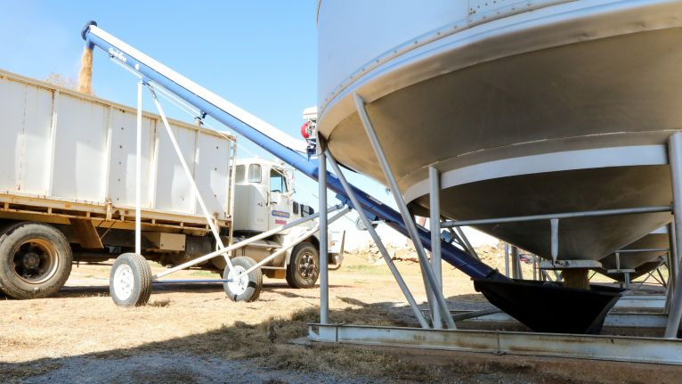 Grainline Grain Augers a more efficient harvest season image