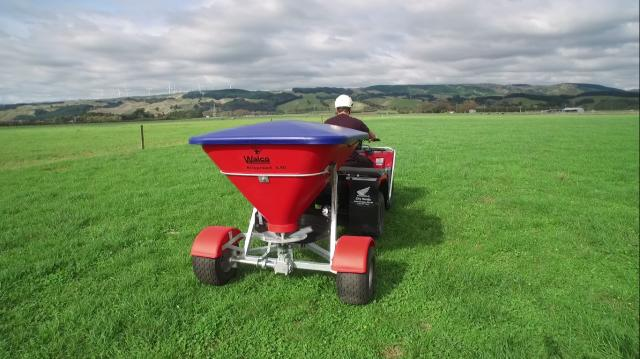 nss3-50sd — Walco Allspread 3.50 Trailing Single Axle - Standard Wheel Base Spreader - from $4045