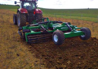 K-Line Speed Tiller Trailing
