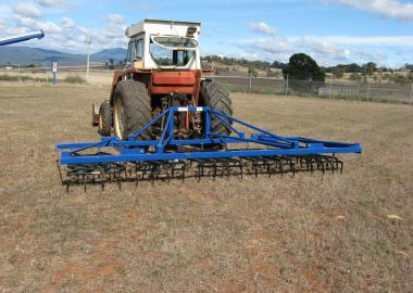 DELMADE Stump Jump Harrow Manual Folding Lifts