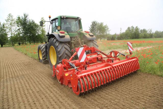 p2-47 — SPECIAL ORDER - G Series - Rotary Hoe